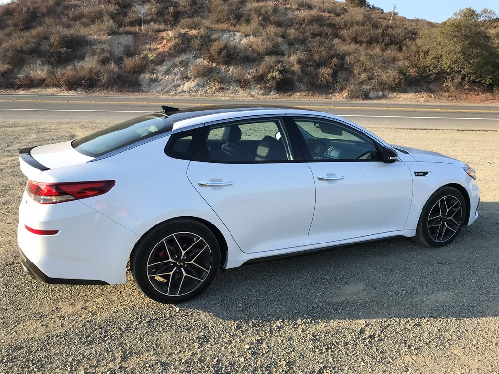 comfort and performance in a 2019 kia optima sx turbo you. Black Bedroom Furniture Sets. Home Design Ideas