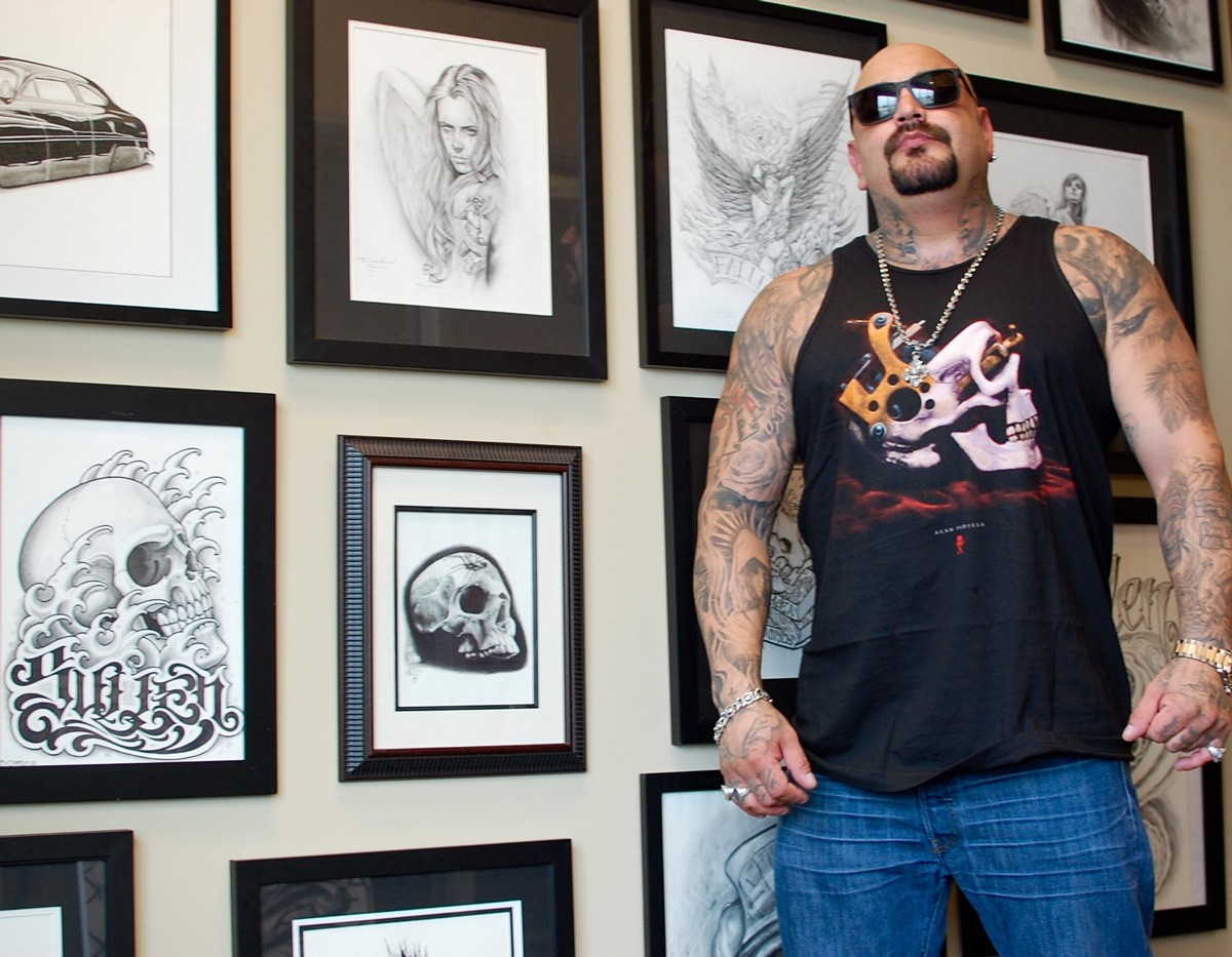 Once A Style Exclusive To Chicanos Black And Gray Tattoos Are Now Taking Over The World Oc Weekly
