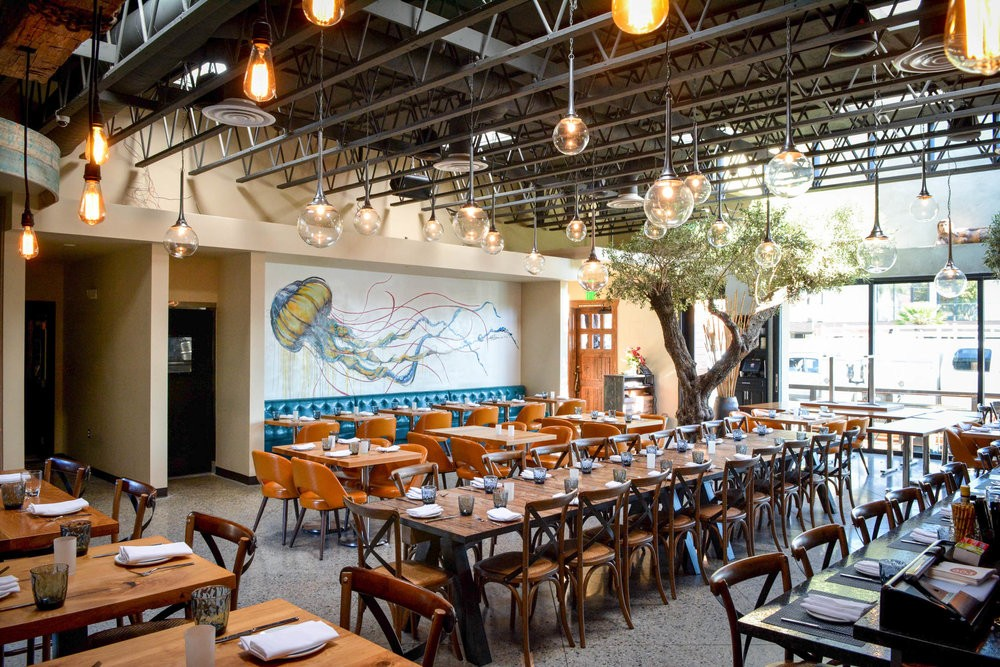 Roe Restaurant Is the Modern Seafood Concept Long Beach Has ...