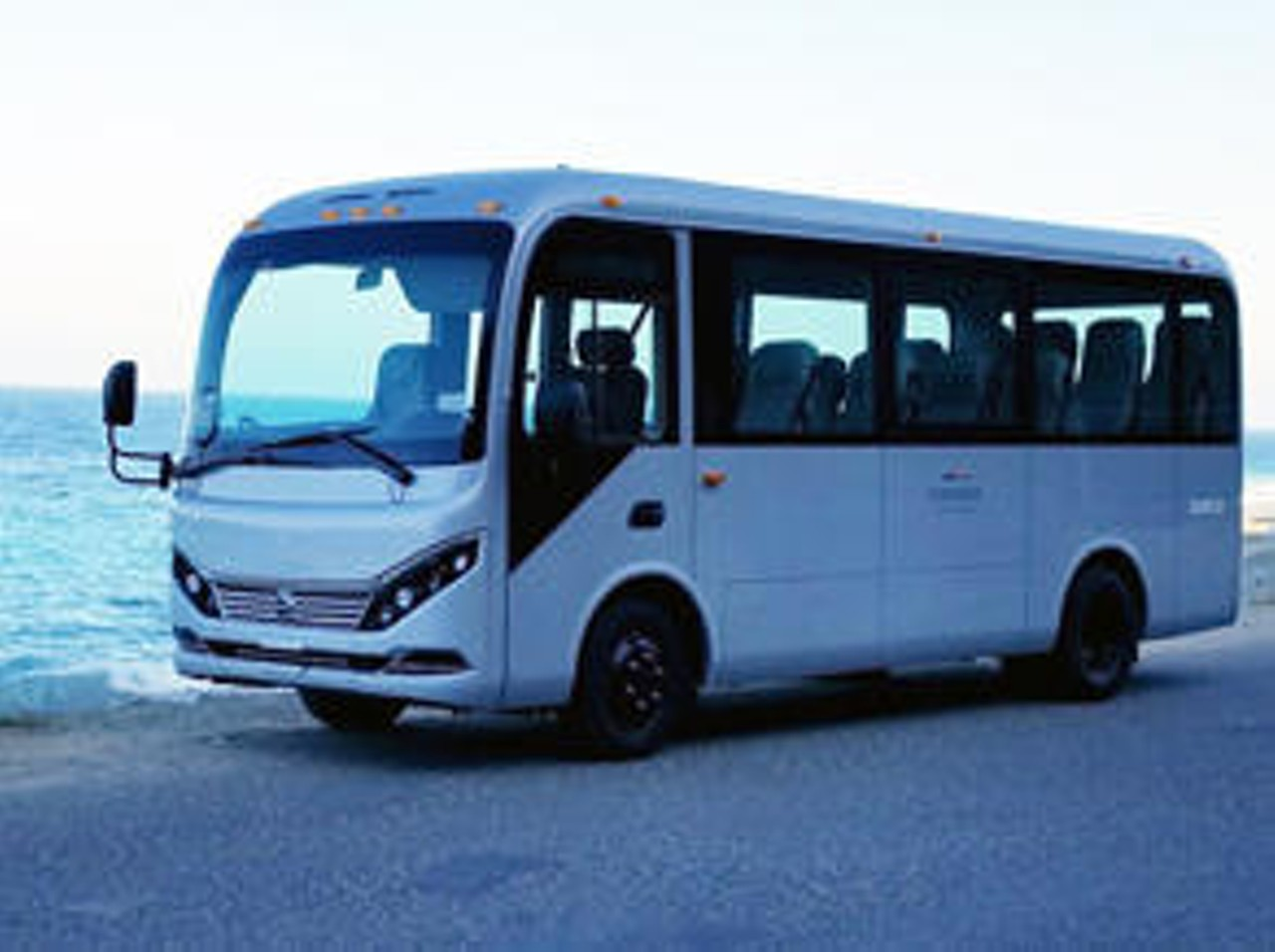 New BYD Electric Buses are a BFD on Santa Catalina Island   OC Weekly
