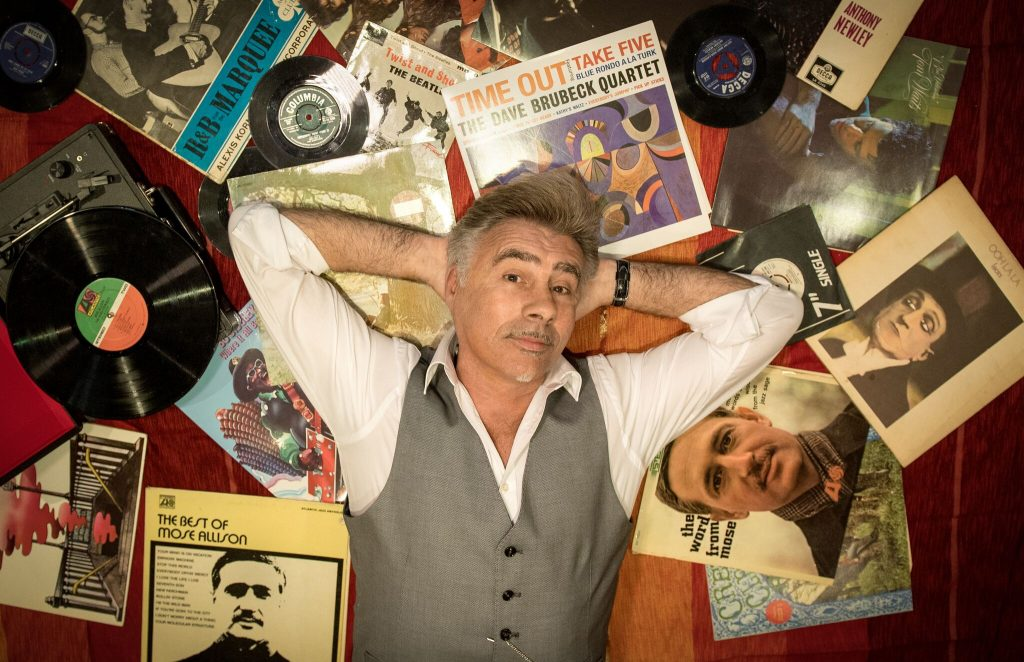 Glen Matlock Brings Solo Songs and Punk Rock Story Time to Long Beach
