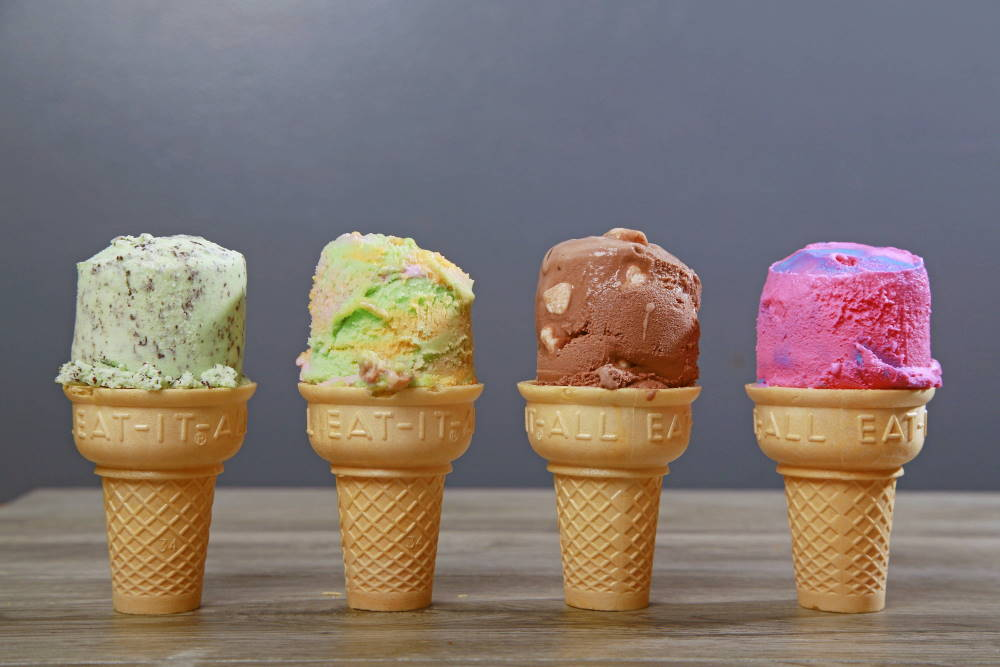 25 Cent Thrifty's Ice Cream Scoop Day at Mama's Restaurants